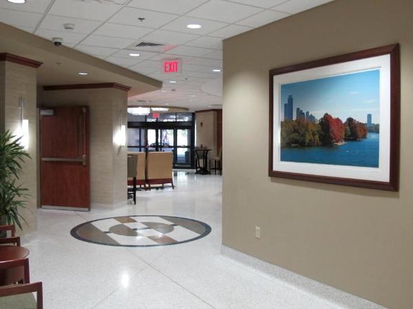 North Hospital Lobby 48x68